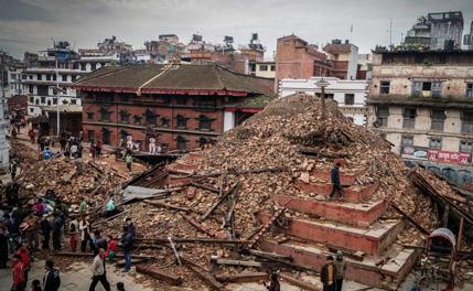 尼泊尔地震 北京时间4月25日14时11分
